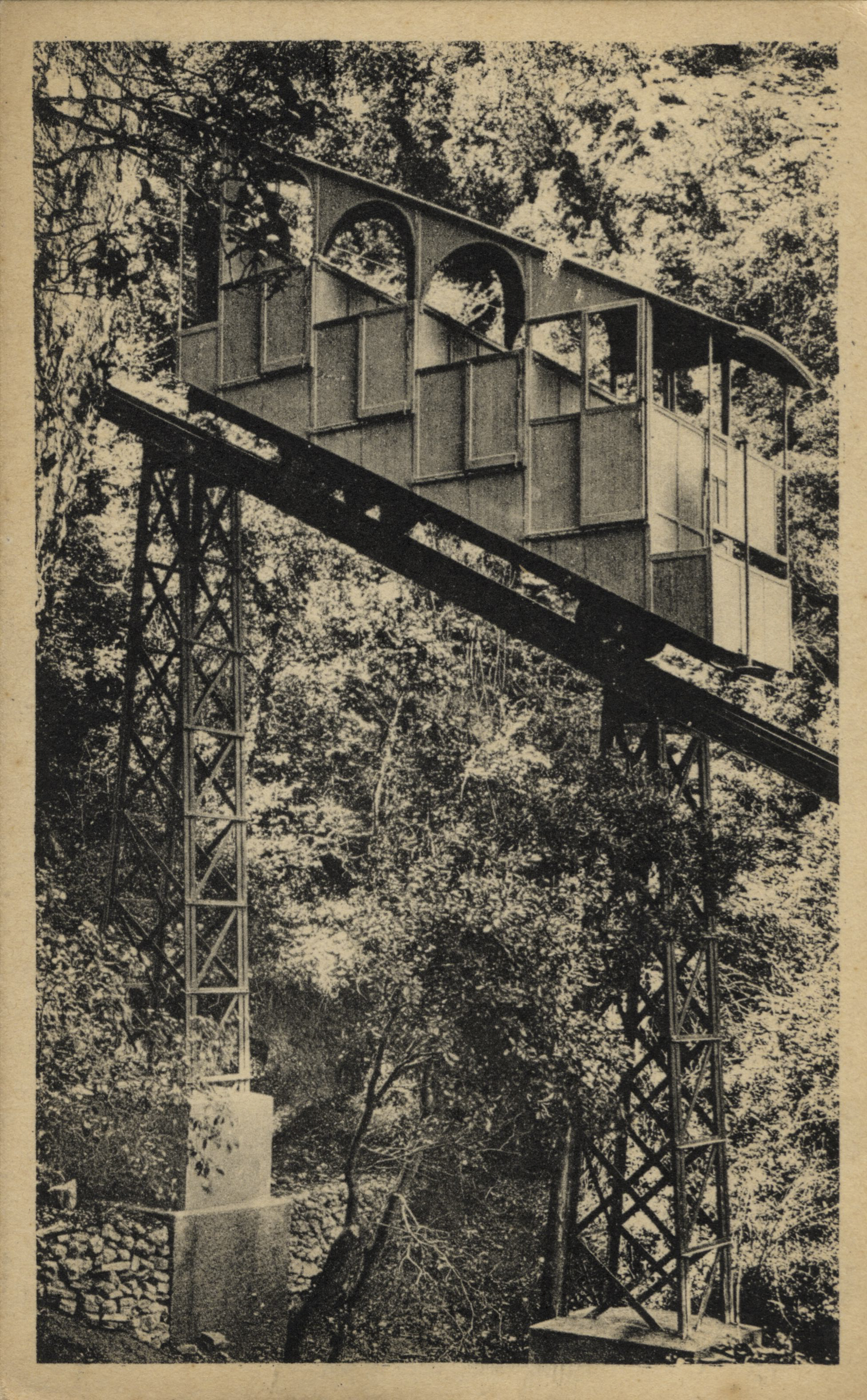 Montserrat album de postals 20101124111646693 girada girada