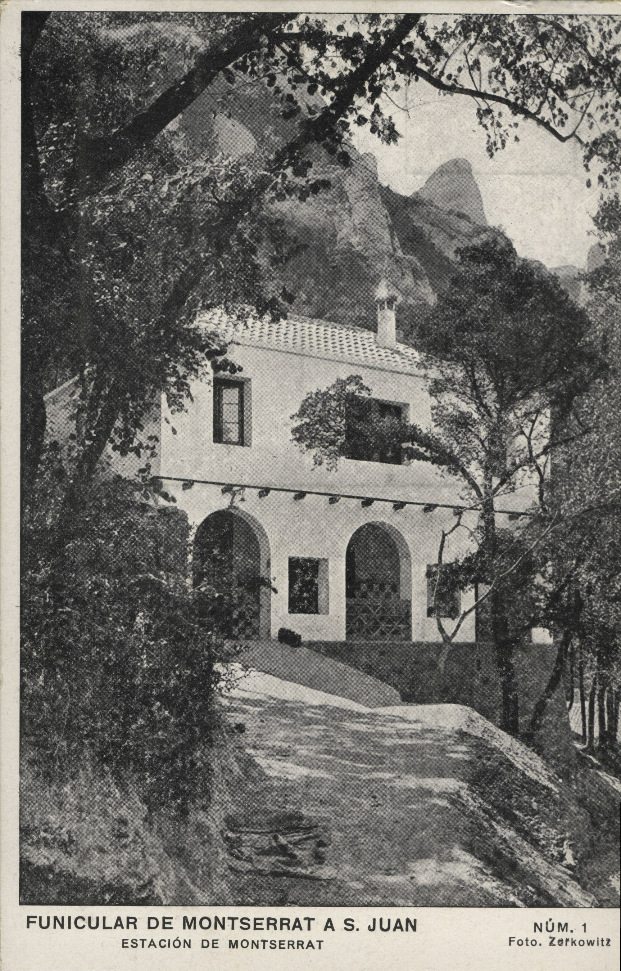 Montserrat album de postals 20101125145325261 girada girada