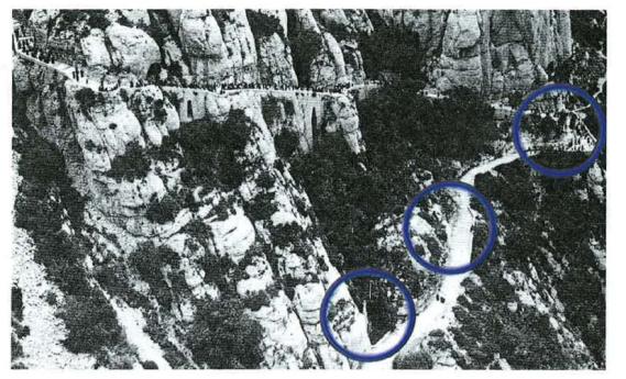 Situació original dels tres primers misteris del sant Rosari. Tret de l'article El Rosari Monumental del camí de la Santa Cova de Montserrat de Josep Galobart i Solir (Butlletí del Santuari nº 47)